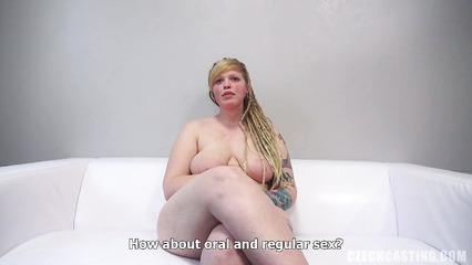 Толстая Катя тоже хочеть сниматься в порнухе и пришла на пробы