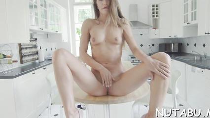 ivana-fukalot-veb-kamera-porno-nd-video-massazhe