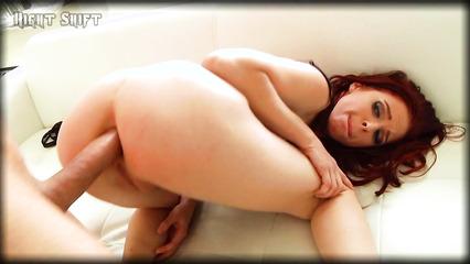 Рыжая телка развлекается со своей влажной киской а после трахается со своим мужем